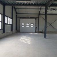batiment industriel porte espace
